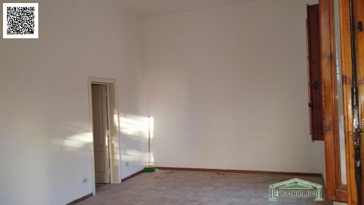 Locale Commerciale Montecatini-Terme PT724242