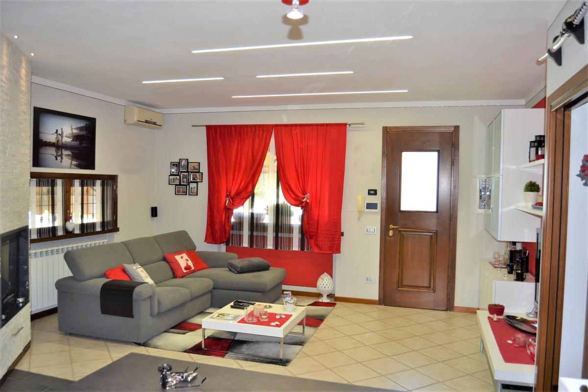 Casa Indipendente Pieve a Nievole PT2466