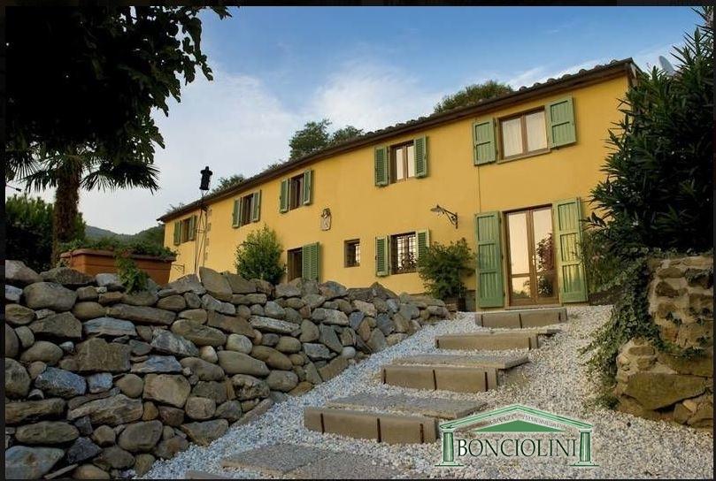 Rustico / Casale in vendita a Massa e Cozzile, 11 locali, prezzo € 1.000.000 | Cambio Casa.it