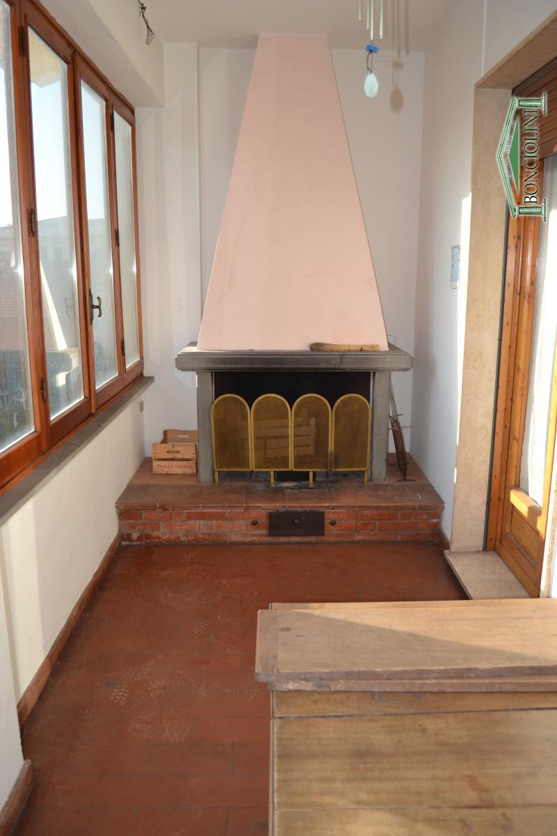 Appartamento in affitto a Monsummano Terme, 5 locali, prezzo € 630 | CambioCasa.it