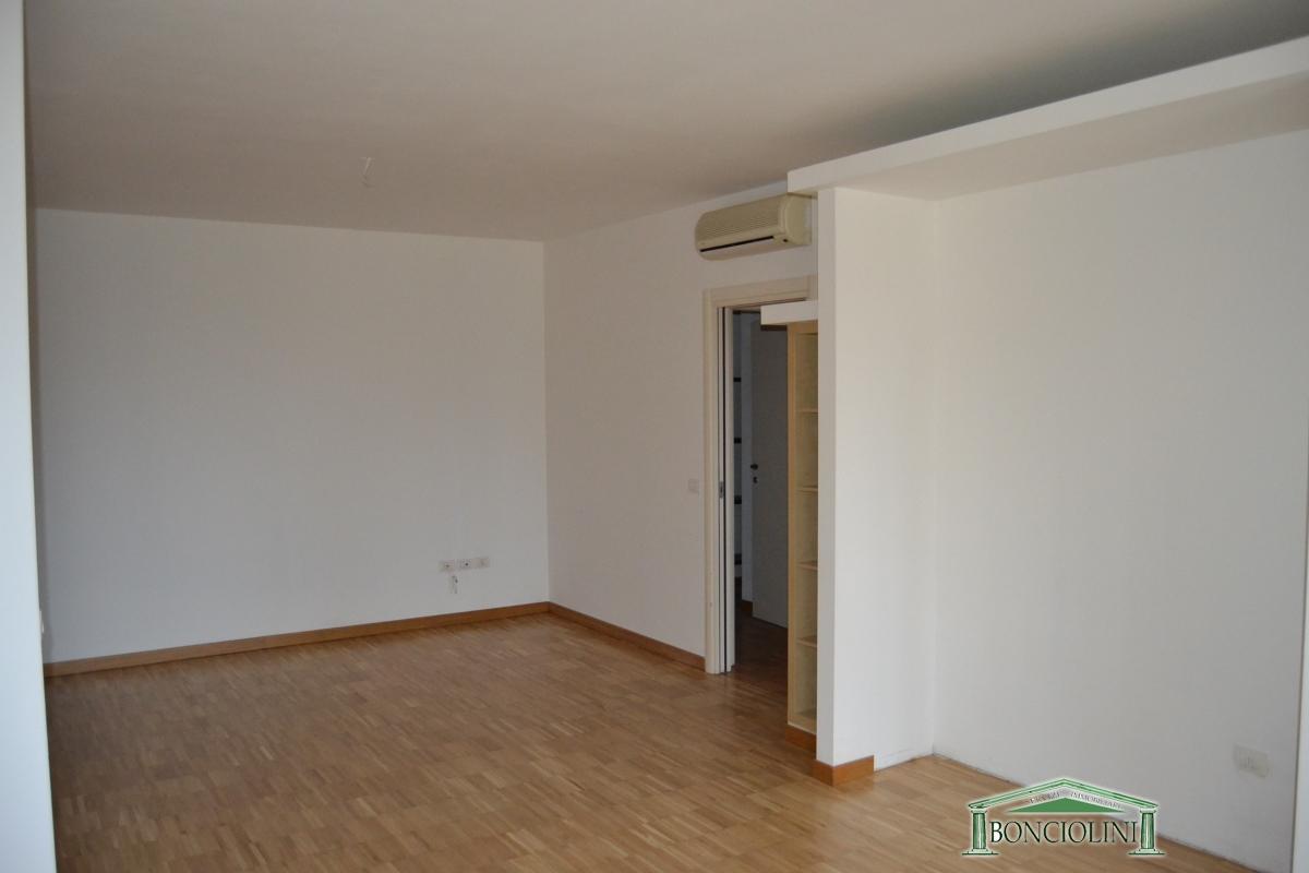 Appartamento Monsummano Terme PT1043097