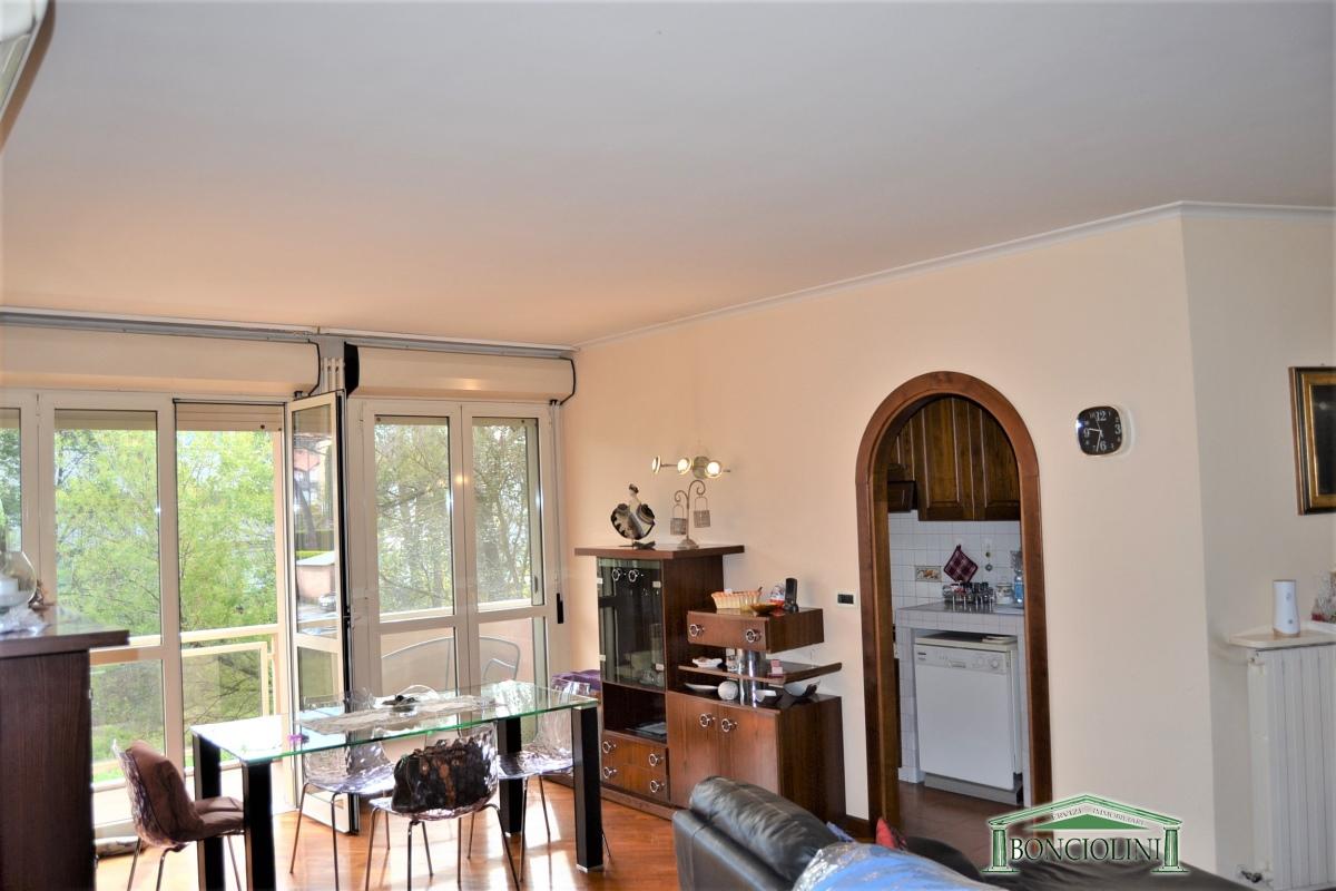 Appartamento in vendita a Montecatini-Terme, 3 locali, prezzo € 165.000 | PortaleAgenzieImmobiliari.it