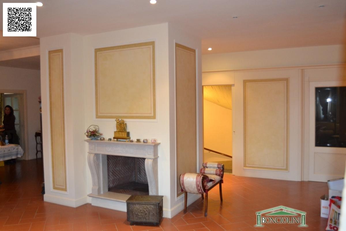 Villa in vendita a Buggiano, 10 locali, prezzo € 700.000 | Cambio Casa.it