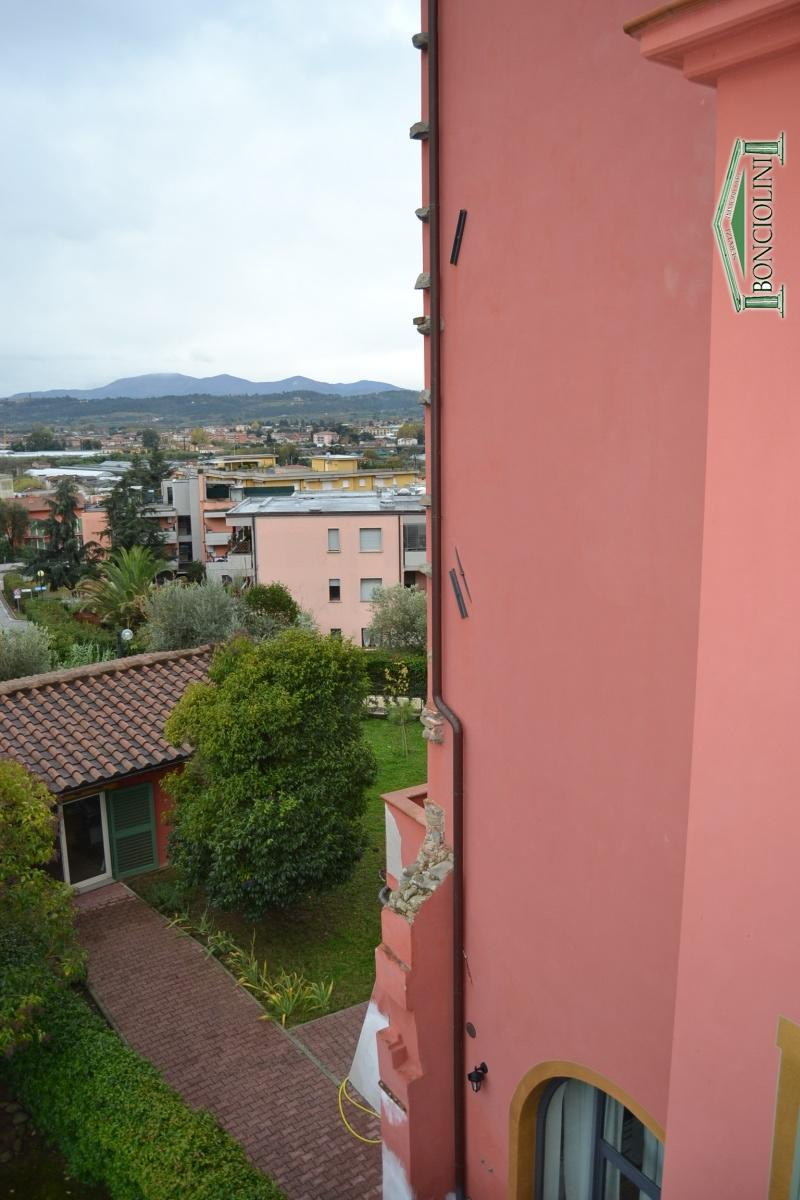 Appartamento in affitto a Uzzano, 2 locali, prezzo € 550 | CambioCasa.it