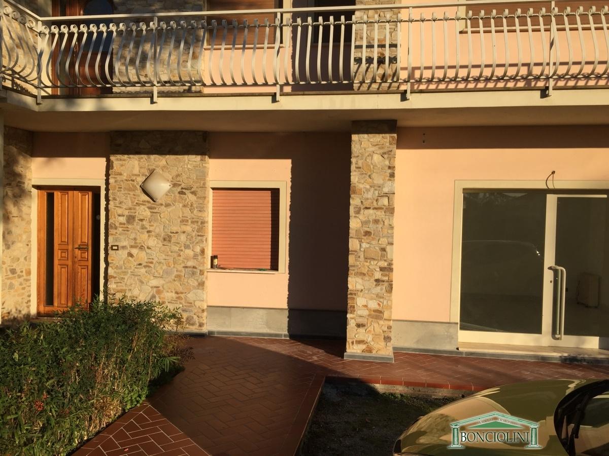 Ufficio / Studio in affitto a Pieve a Nievole, 3 locali, prezzo € 750 | Cambio Casa.it